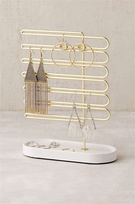 Jewellery Racks Stands by Chic Jewellery Stands With Sculptural Fashion Best Of