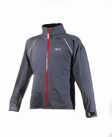 best bicycle jacket the best s cycling jackets of 2017