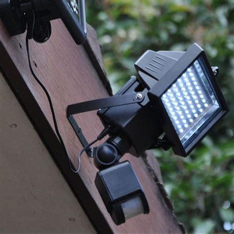 Projecteur Exterieur Avec Detecteur De Mouvement Solaire by Projecteur Led Ext 233 Rieur Solaire Avec D 233 Tecteur Et D 233 Co