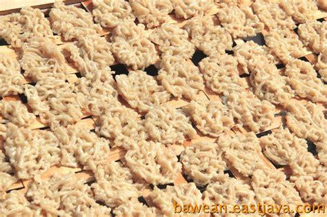 Krupuk Ikan Spesial petola crackers photo gallery