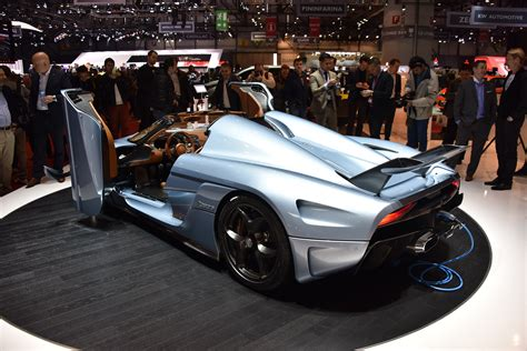 koenigsegg regera hybrid 1500 hp koenigsegg regera is a gearbox less hybrid hypercar
