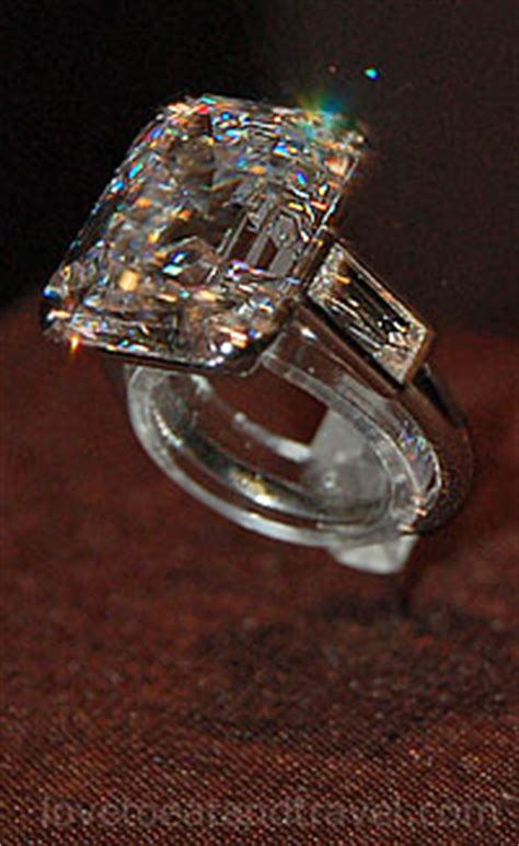 Cartier Teardrop Engagement Ring by Cartier Exhibit Cartier San Francisco Cartier Cartier
