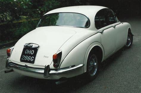 Wedding Car Yeovil by Classic Daimler Wedding Car Wedding Car Hire In