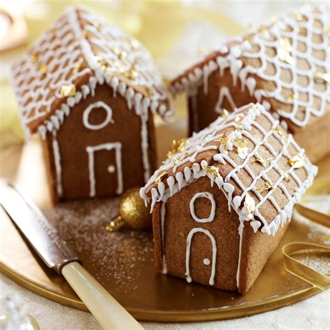 mini gingerbread house mini gingerbread houses woman and home