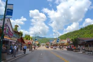 top 5 things to do in gatlinburg in the