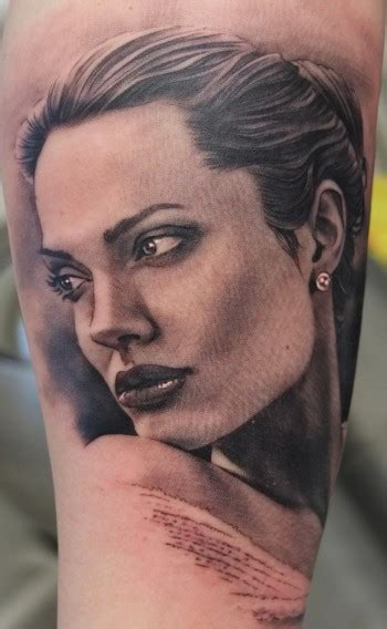 angelina jolie face tattoo tatuaje de angelina jolie