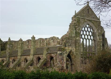 Marvelous Churches In Plymouth Wi #2: Ruins_of_Holyrood_Abbey,_Edinburgh.JPG