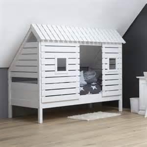 kinderbett haus 220 ber 1 000 ideen zu dachgeschoss schlafzimmer auf
