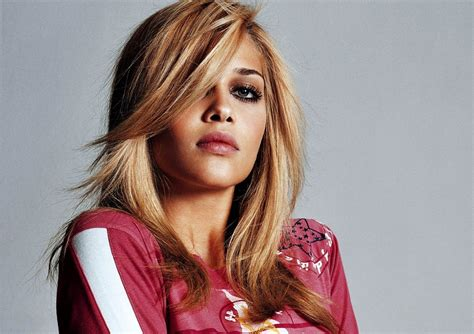 Beatriz Barros Does Stuff by Beatriz Barros Wallpaper And Background 1599x1130