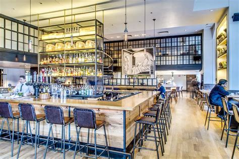 Farm To Table Restaurants Nyc by Union Square Market To Table At The Irvington