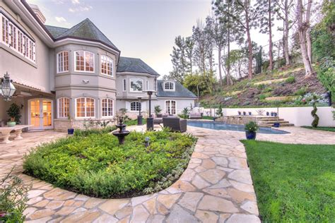 www home jackie chan s former beverly hills home is ready for