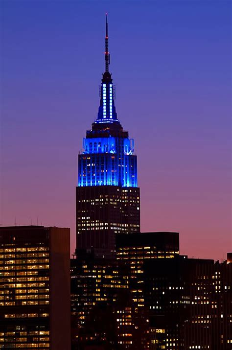 empire state building lights tonight 12 best images about autism light it up blue caign on