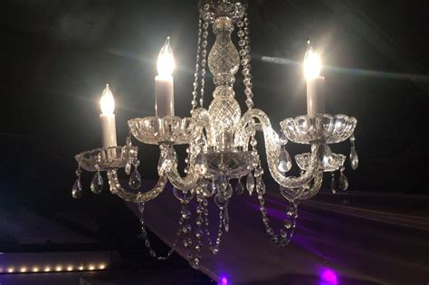 chandeliers for rent for wedding wedding chandelier rentals chandeliers for weddings
