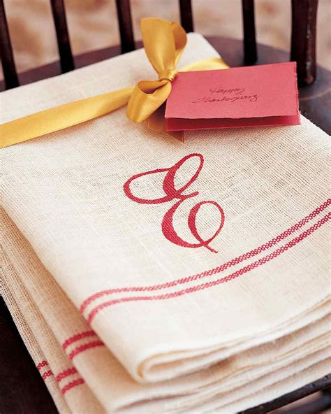Monogrammed Kitchen Gifts 25 easy diy hostess gift ideas