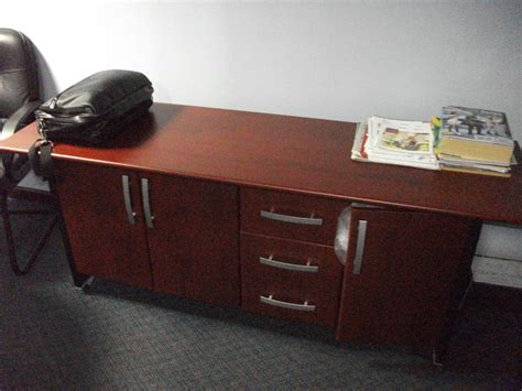 used office furniture and office partitions for sale in