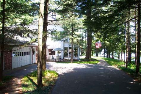 adirondack real escapes welcome
