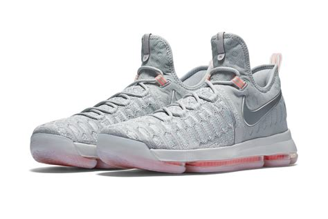kevin durant new sneakers kevin durant s nike signature shoe available now