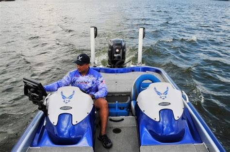 finder on a boat how to install a fishfinder on a fiberglass boat fishing