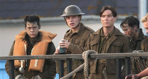 Dunkirk 2017 Full Movie What To Expect From Christopher Nolan S Epic War Film Dunkirk Tank War Room World Of Tanks