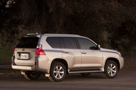 toyota lexus 2010 breaking news toyota temporarily suspends sales of 2010