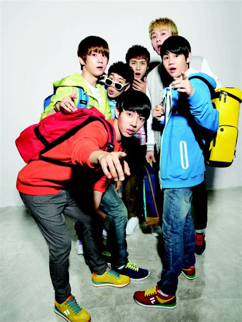 Backpack Beastkpop fila releases photos from 2012 fila b2st collection