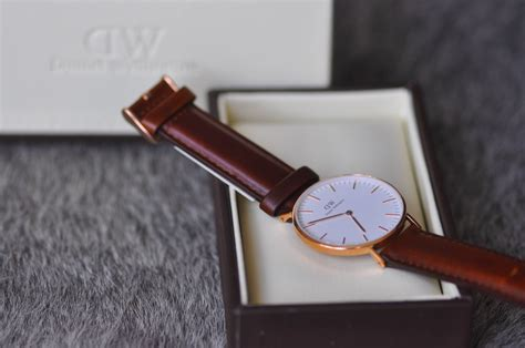 Dw Rosegold Sand Daniel Wellington around my wrist the classic daniel wellington