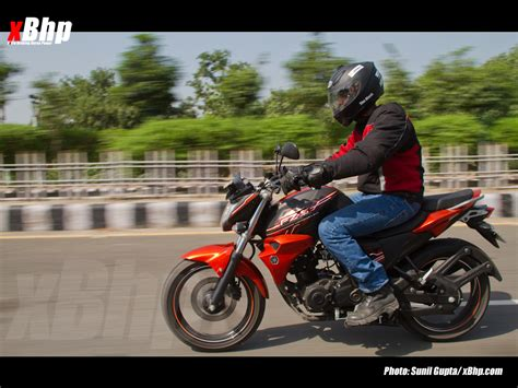 most comfortable motorcycle for tall riders yamaha fz s fi review page 3 of 5 xbhp com