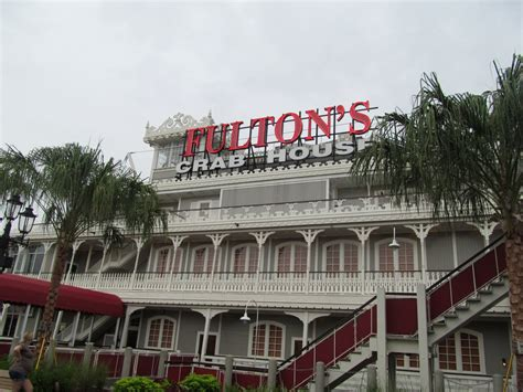 wdwthemeparks news fulton s crab house to re open