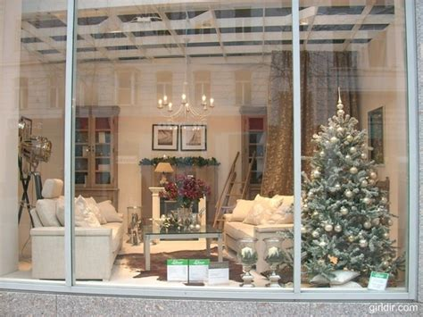 christmas decorating ideas for store windows beautiful inspiration windows decorating curtains