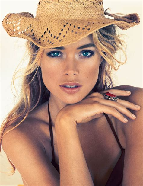 Hm Summer Cosmetics Collection by Style Studio Doutzen Kroes Sizzles In H M S Summer 2013