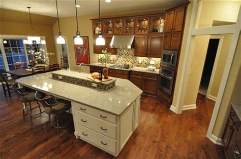 Raised Kitchen Island Kitchen Island With Raised Center House Models Islands And Kitchens