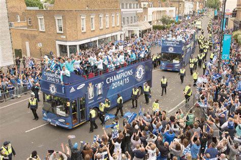 chelsea parade chelsea picture special blues celebrate premier league