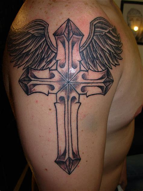 tattoos with crosses and wings tattoos designs cool cross tattoos with wings for
