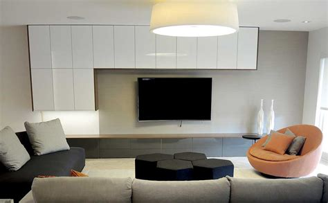 Hacks Living Room by Miami Interior Designers Bring You The Best Hacks