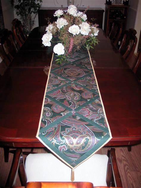 dining room table runners top 25 ideas about 0 made by me quilt tablerunners