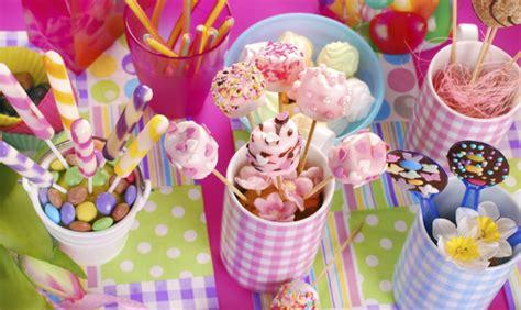 addobbare tavolo per compleanno il compleanno dei bimbi 3 idee di tavola www stile it