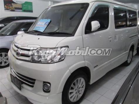 Bekas Surabaya daihatsu xenia bekas tahun 2010 surabaya mobil dijual di rajamobil car interior design