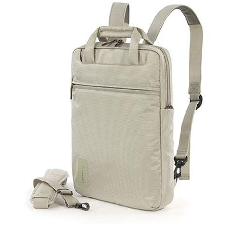 Tas Laptop Macbook 13 Tucano White Wo Mb133 I tucano work out vertical backpack white wov mb133 i b h