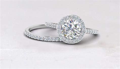 buy customized diamond jewelry online engagement