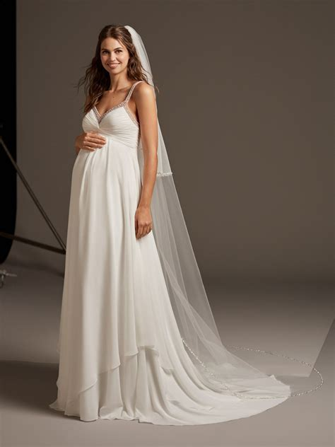 Maternity Wedding Dresses & Bridal Gowns   Pronovias