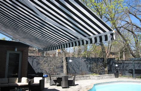 awning by the pool of style house rolltec