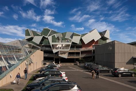 california architects pterodactyl architect magazine eric owen moss architects culver city california