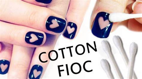 nail art design tutorial painting nail art romantica con l aiuto di un cotton fioc