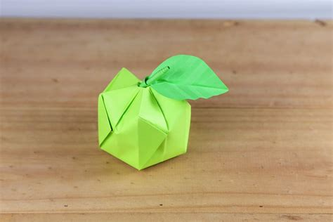 Apple Origami - how to make a 3d origami apple
