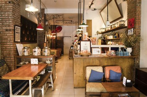 desain cafe gaul suwe ora jamu perkenalkan tradisi minum jamu di kalangan