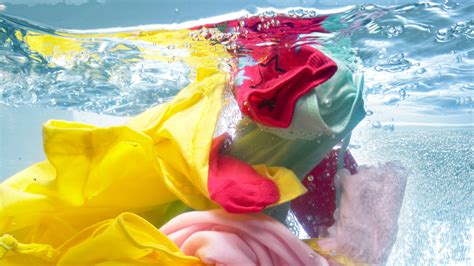8 easy ways to make your laundry quot green quot new - Washing Colored Clothes In Water