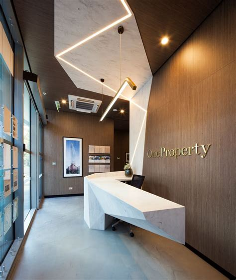 Corian Properties 25 Best Ideas About Reception Counter On