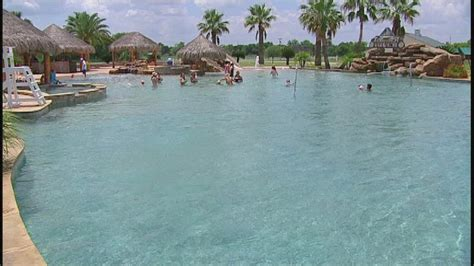 biggest backyard take a tour of the world s largest backyard pool 6abc com
