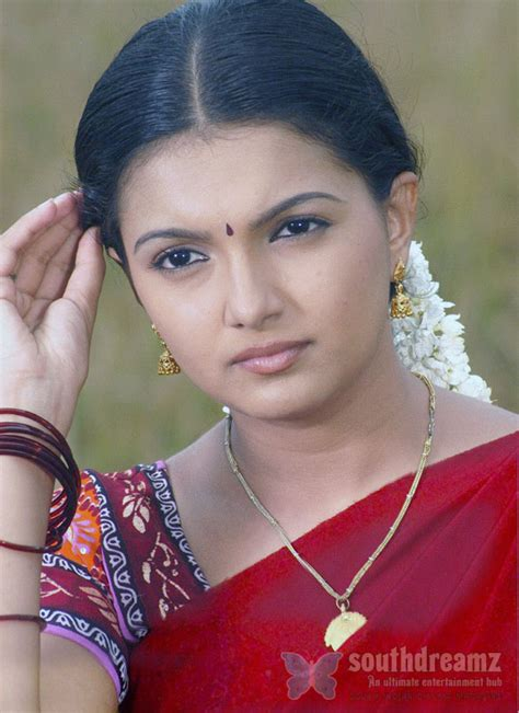 biography meaning tamil saranya mohan picks a new job