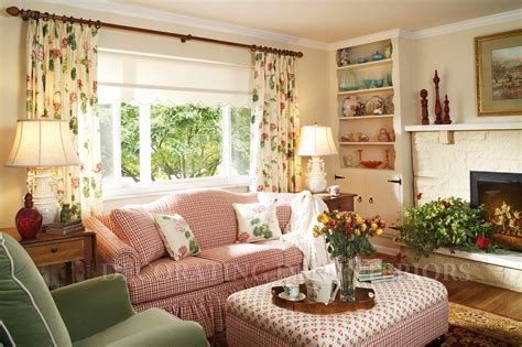ideas for a den room decorating small spaces casual cottage